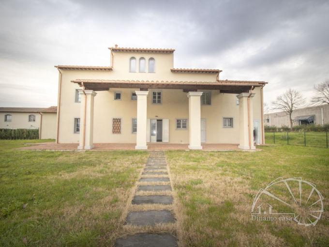 Sant'Ippolito. Porzione di colonica con 618 mq di giardino. | RIF. QR465